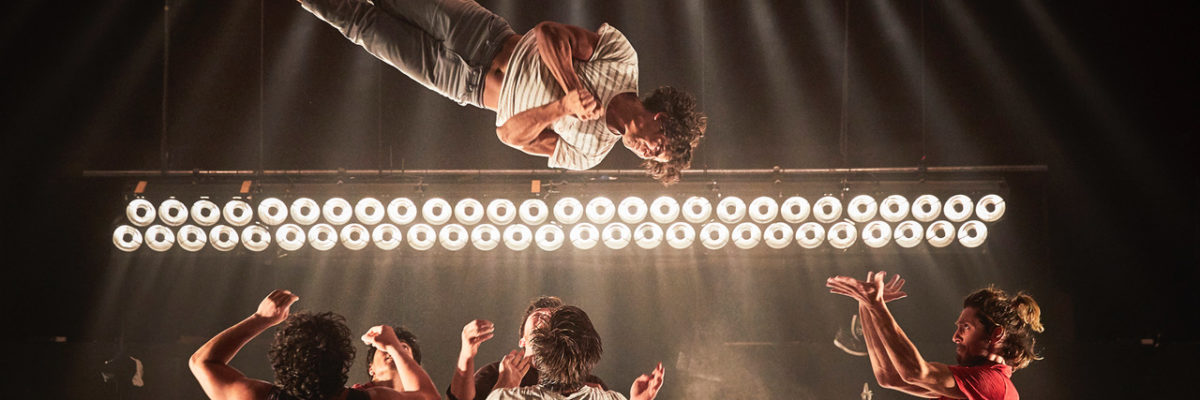 """Festival JOURS (et nuits) de Cirque(s) - Du Centre Interantional des Arts en Mouvement -  EL NUCLEO - """"Somos"""" -   Lieu : CIAM - Ville : Aix en Provence - Le 22 09 2017 - Photo : Christophe RAYNAUD DE LAGE"""